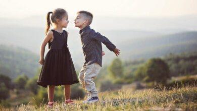 Photo of Любовні ігри привселюдно і в мережі: де можна цілуватися і коли робити перший крок у стосунках