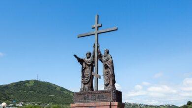 Photo of Найкращі привітання у віршах з Днем Петра і Павла