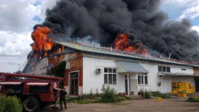 Photo of У Хусті горить меблевий завод