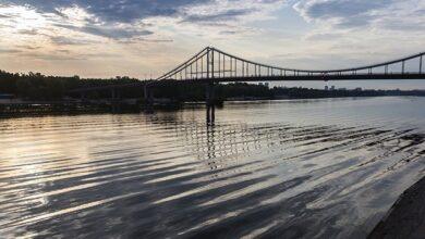 Photo of У Дніпрі біля Києва з'явилися медузи і риба-голка
