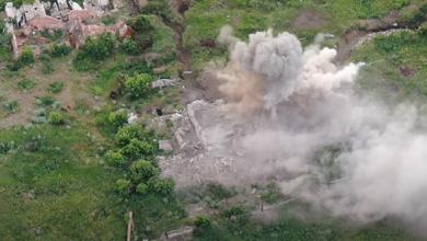 Photo of Ліквідовано чотирьох бойовиків: К-2 показала відео знищення позицій ворога на Донбасі
