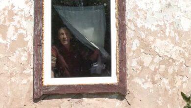 Photo of Ніжинська волонтерка не залишила в біді бабусю з Ічні. Відео