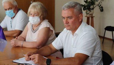 Photo of Анатолій Лінник провів нараду з керівниками медичних закладів