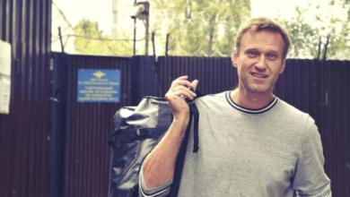 Photo of Путіну не вигідна смерть Навального – Акунін