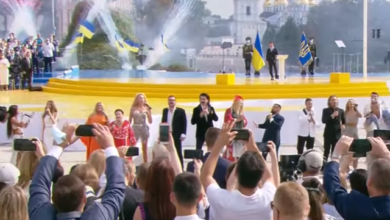 Photo of Шоу із 42 хітів: зірки створили пісенну історію України до Дня Незалежності