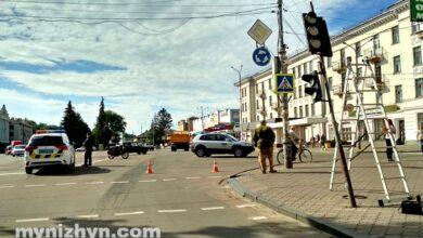 Photo of ДТП на площі Франка. Був пошкоджений світлофор. Фото