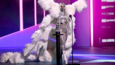 """Photo of Тріумф Lady Gaga та """"вірусні"""" лауреати: як пройшла премія MTV VMA 2020"""