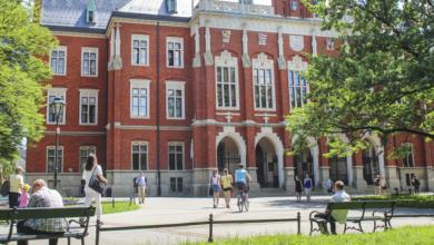Photo of Ціни, умови вступу, документи та віза: усе, що треба знати про навчання у Польщі