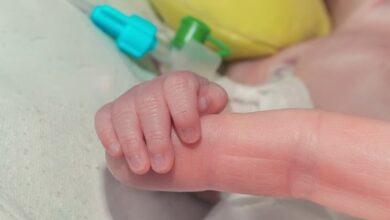Photo of Не зашили після розтину: у морзі Дніпра матері віддали тіло дитини в пакеті зі сміттям