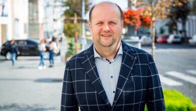 Photo of Інтерес – не тільки Вінниця: лідер гурту ТІК Бронюк йде у депутати