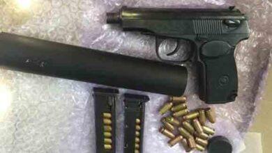 Photo of Виготовляли та збували вогнепальну зброю: поліція Криму викрила двох чоловіків