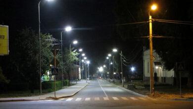Photo of На Батюка встановили 13 нових електроопор, на черзі ще 13