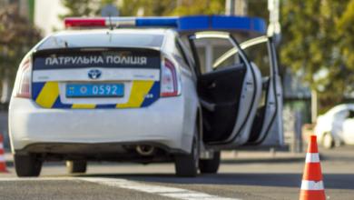Photo of У центрі Києва автомобіль протаранив літню терасу кафе