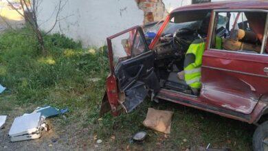 Photo of На Закарпатті авто врізалось в автобусну зупинку – є жертви