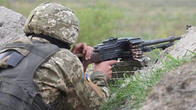Photo of На Донбасі троє військових підірвалися на невідомій вибухівці