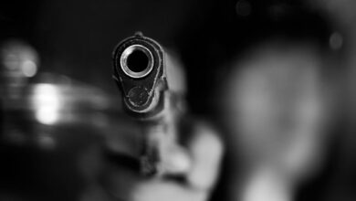 Photo of Три кулі у груди дитини: у Рівному викладачка розстріляла чоловіка та доньку
