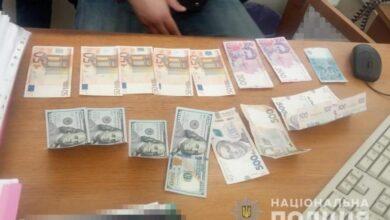 Photo of Вимагав хабар $1200: на Житомирщині затримали директора комунального підприємства