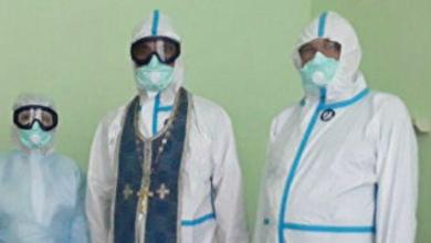 Photo of У РФ священикам видали спеціальні захисні костюми від Covid-19