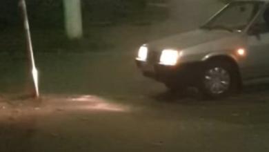 Photo of У Києві п'яний водій тричі врізався в дорожній знак і заснув