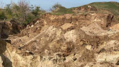 Photo of Небезпечні ігри: у Миколаєві через зсув ґрунту загинув 10-річний хлопчик