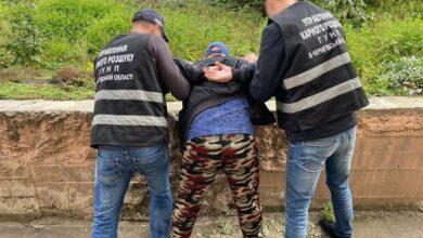 Photo of Чернігівщина: чоловік шукав школярок через Інтернет та пропонував інтим