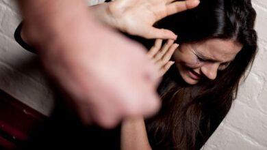 Photo of Невідомий ударив ніжинку по голові на порозі її власного будинку