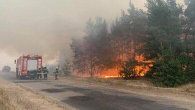 Photo of Варіант диверсії відкидати не треба: політолог про версії пожеж у Луганській області