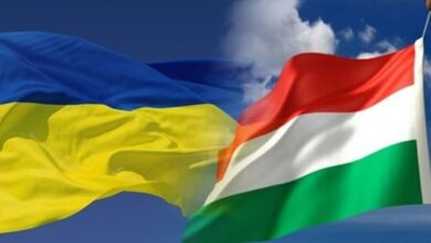 """Photo of Сіярто назвав """"жалюгідною"""" заборону на в'їзд в Україну угорських чиновників"""