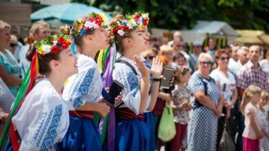 Photo of Населення України скоротилося до 41,7 млн