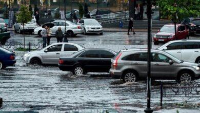 Photo of З'явилися кадри повенів у різних столицях світу
