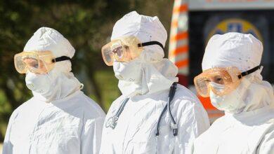 Photo of У п'ять разів довше за грип: скільки Covid-19 живе на шкірі людини