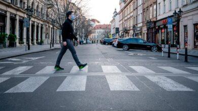 Photo of Чехія закриває магазини – в країні рекордна кількість хворих на Covid-19