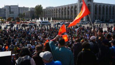 Photo of Протести в Киргизстані: чому люди вийшли на вулиці і чим все може закінчитися