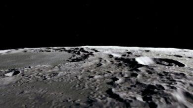 Photo of На освітленій сонцем поверхні Місяця є вода – NASA