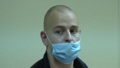 Photo of Душить і посміхається: у Києві садисти катували безхатьків і знімали на відео (18+)