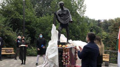 Photo of У Києві відкрили пам'ятник Махатмі Ганді
