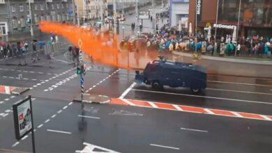 Photo of Протести в Білорусі: людей розганяють водометами і світлошумовими гранатами