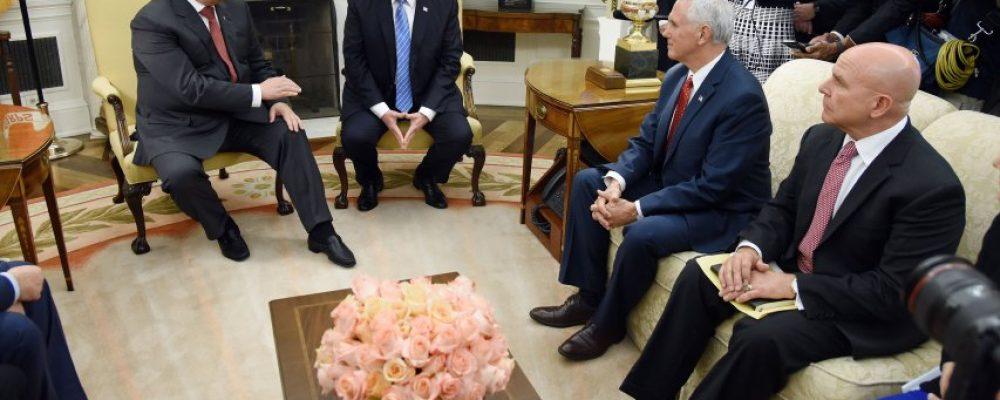 Посол оприлюднив деякі деталі зустрічі Порошенка та Трампа