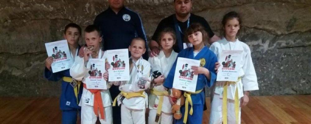 """Юні ніжинські """"спартанці"""" стали чемпіонами Міжнародного турніру з дзюдо"""